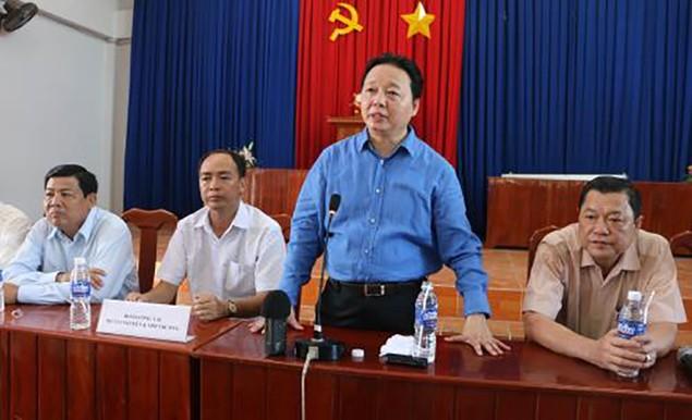 Bộ trưởng Trần Hồng Hà khảo sát tình hình sạt lở bờ sông tại An Giang - ảnh 1