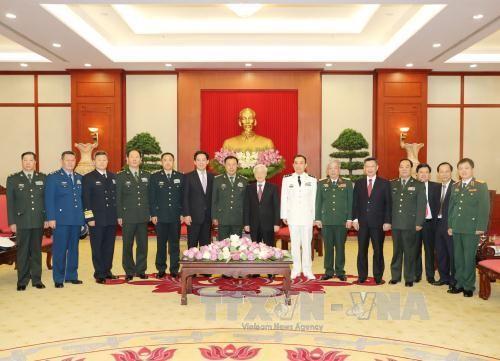 Tổng Bí thư tiếp đoàn đại biểu cấp cao quân đội Trung Quốc - ảnh 1