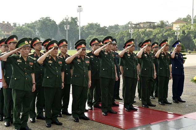 Lãnh đạo Đảng, Nhà nước viếng Chủ tịch Hồ Chí Minh - ảnh 2