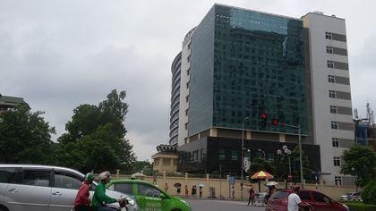 Giá thuê văn phòng cao cấp tại Việt Nam sẽ tăng trong 2-3 năm tới - ảnh 1