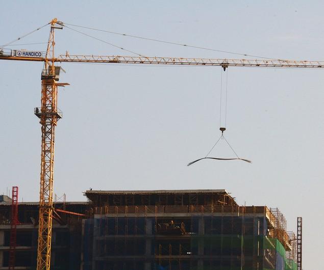 Nguy hiểm rình rập tại công trường các dự án bất động sản - ảnh 5