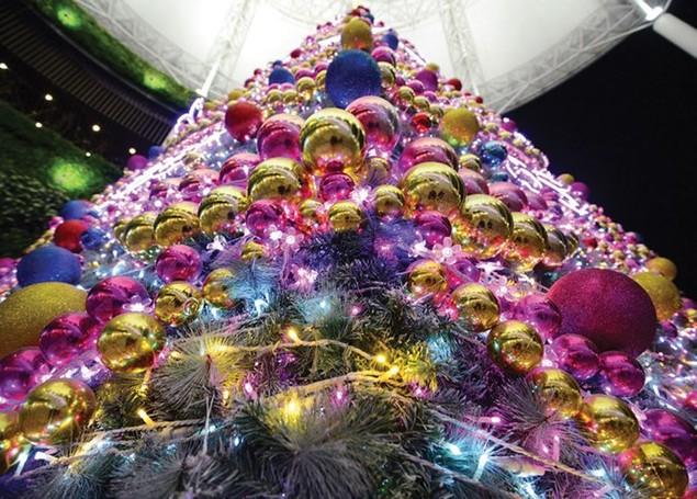 Trung tâm thương mại lung linh mùa Noel - ảnh 2