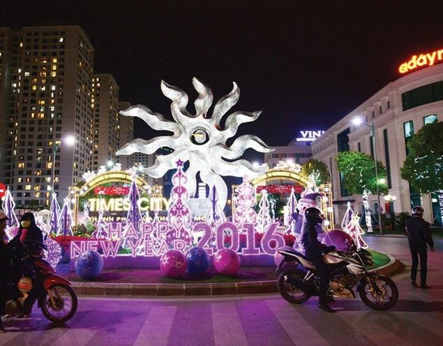 Trung tâm thương mại lung linh mùa Noel - ảnh 3