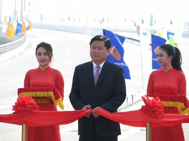 """Thông xe cầu vượt thép """"khủng"""" nhất Hà Nội - ảnh 2"""