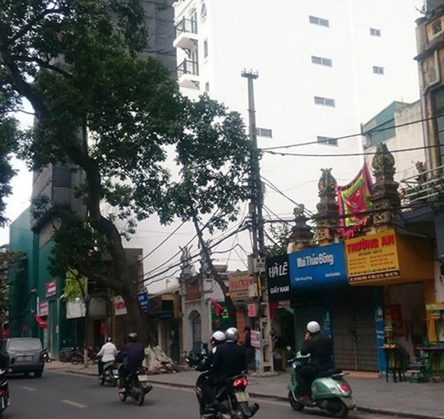 Vi phạm trật tự xây dựng ở Hà Nội: Nhiều 'con voi chui lọt lỗ kim' - ảnh 2