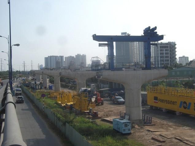 Tất bật thi công đại dự án metro số 1 Bến Thành - Suối Tiên - ảnh 19