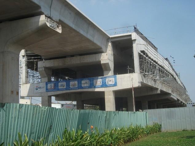 Tất bật thi công đại dự án metro số 1 Bến Thành - Suối Tiên - ảnh 5