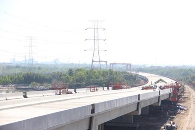 Đẩy mạnh tiến độ dự án Cao tốc Bến Lức-Long Thành sau Tết - ảnh 1