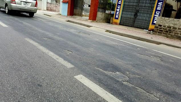Cận cảnh xuống cấp nghiêm trọng tại QL18 Uông Bí – Hạ Long - ảnh 5