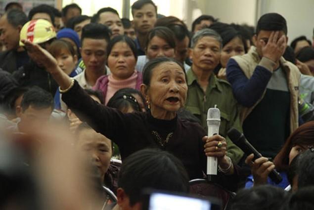 Bí thư Thanh Hóa trực tiếp đối thoại với người dân Sầm Sơn - ảnh 1