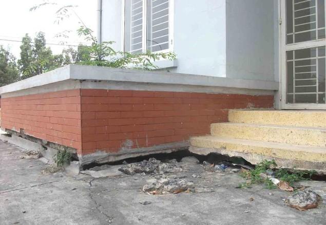 Cận cảnh sụt lún nghiêm trọng tại dự án tái định cư đồ sộ nhất TPHCM - ảnh 11