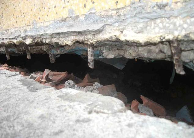 Cận cảnh sụt lún nghiêm trọng tại dự án tái định cư đồ sộ nhất TPHCM - ảnh 12