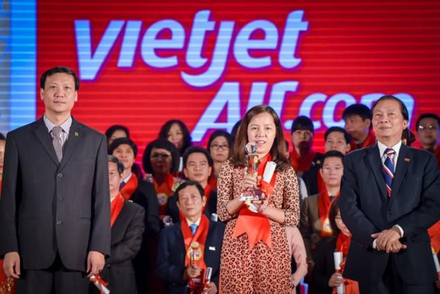 Top 15 doanh nghiệp Thương hiệu Mạnh Việt Nam 2015 - ảnh 9