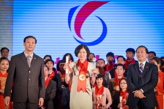 Top 15 doanh nghiệp Thương hiệu Mạnh Việt Nam 2015 - ảnh 11