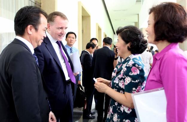 Những hình ảnh tại buổi đối thoại giữa Thủ tướng với doanh nghiệp - ảnh 12