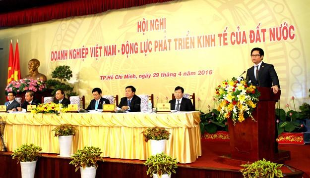 Những hình ảnh tại buổi đối thoại giữa Thủ tướng với doanh nghiệp - ảnh 6
