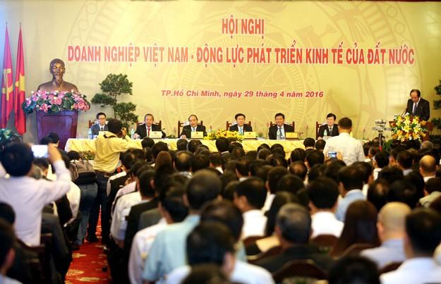 Những hình ảnh tại buổi đối thoại giữa Thủ tướng với doanh nghiệp - ảnh 1