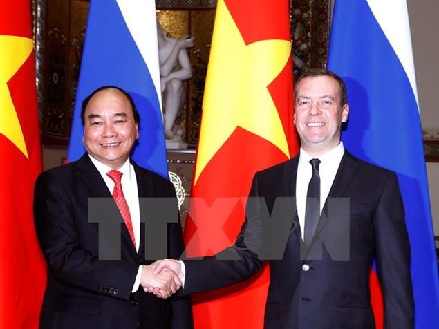 Thủ tướng Nguyễn Xuân Phúc hội đàm với Thủ tướng Nga - ảnh 1