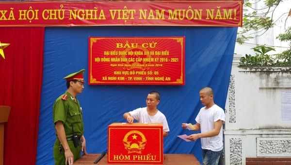 Bí thư Hà Nội: 'Đừng bỏ phiếu qua loa, cho xong chuyện' - ảnh 7