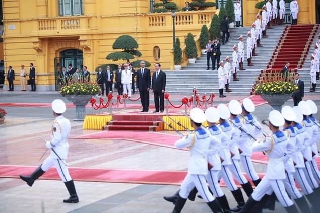 Cận cảnh lễ đón Tổng thống Hoa Kỳ Obama tại Phủ Chủ tịch - ảnh 11