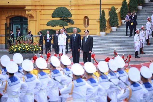Cận cảnh lễ đón Tổng thống Hoa Kỳ Obama tại Phủ Chủ tịch - ảnh 12