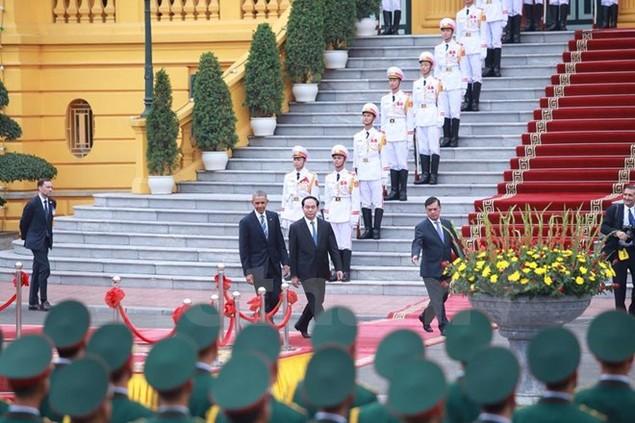 Cận cảnh lễ đón Tổng thống Hoa Kỳ Obama tại Phủ Chủ tịch - ảnh 14