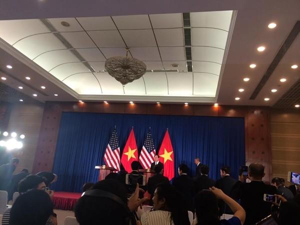Mỹ dỡ bỏ hoàn toàn lệnh cấm vận vũ khí đối với Việt Nam - ảnh 4