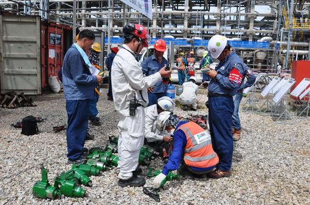 Nhà máy Lọc dầu Dung Quất đạt 7,4 triệu giờ công an toàn - ảnh 2