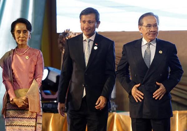 Hành trình sóng gió ra tuyên bố chung của các ngoại trưởng ASEAN tại Lào - ảnh 1
