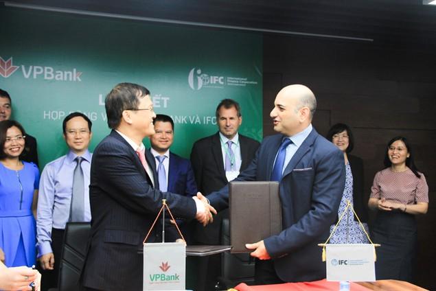 IFC cung cấp 125 triệu USD cho VPBank - ảnh 1