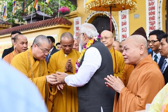 Những khoảnh khắc ấn tượng trong chuyến thăm Việt Nam của ông Modi - ảnh 10