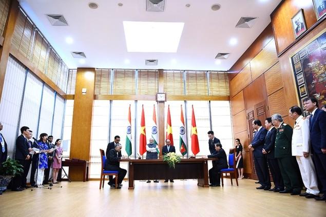 Những khoảnh khắc ấn tượng trong chuyến thăm Việt Nam của ông Modi - ảnh 5