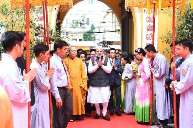 Những khoảnh khắc ấn tượng trong chuyến thăm Việt Nam của ông Modi - ảnh 8