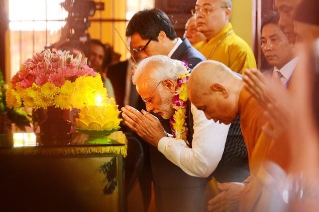 Những khoảnh khắc ấn tượng trong chuyến thăm Việt Nam của ông Modi - ảnh 9