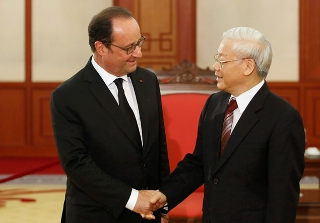 Một ngày của tổng thống Pháp tại Hà Nội - ảnh 11
