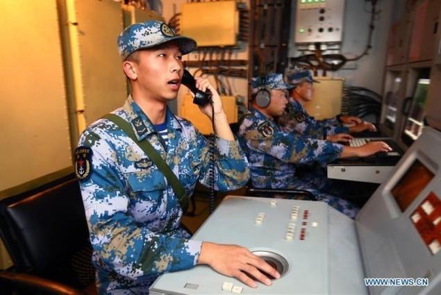 Tàu chiến Nga - Trung tập trận nã pháo ở Biển Đông - ảnh 1