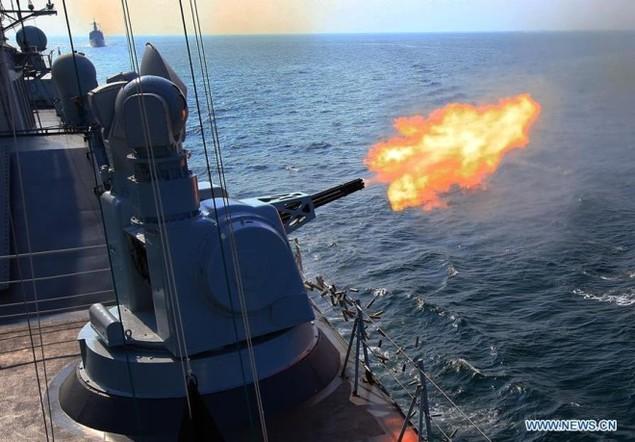 Tàu chiến Nga - Trung tập trận nã pháo ở Biển Đông - ảnh 4