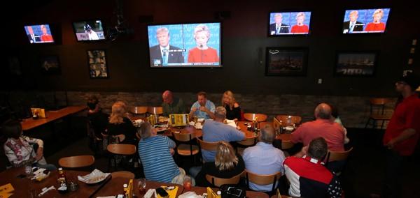 Trump và Clinton lần đầu tranh luận trực tiếp - ảnh 3