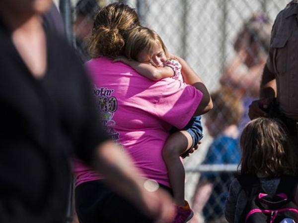 Nổ súng ở trường tiểu học Mỹ, 2 học sinh, 1 giao viên bị thương - ảnh 1