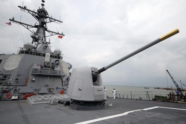 Khí tài hiện đại trên tàu tên lửa của Mỹ thăm Đà Nẵng - ảnh 3