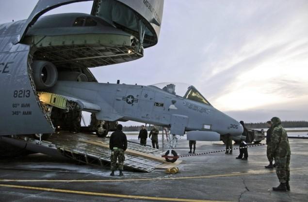 Chiếc vận tải cơ có thể nuốt trọn cường kích A-10 của Mỹ - ảnh 6