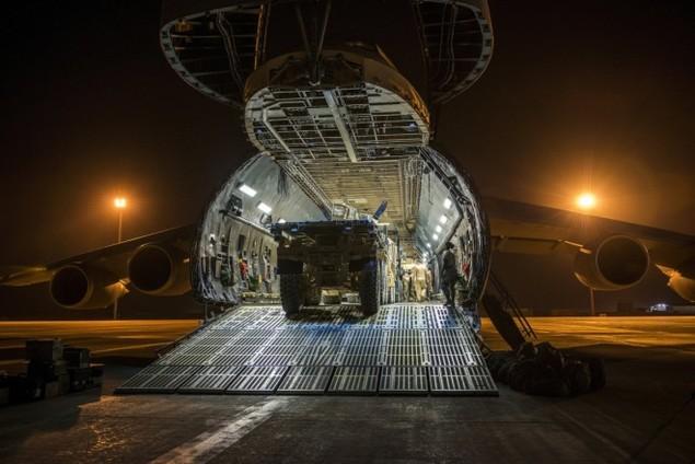Chiếc vận tải cơ có thể nuốt trọn cường kích A-10 của Mỹ - ảnh 9