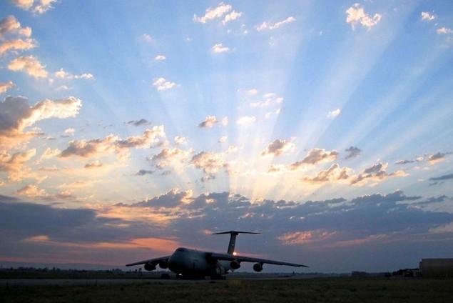 Chiếc vận tải cơ có thể nuốt trọn cường kích A-10 của Mỹ - ảnh 12