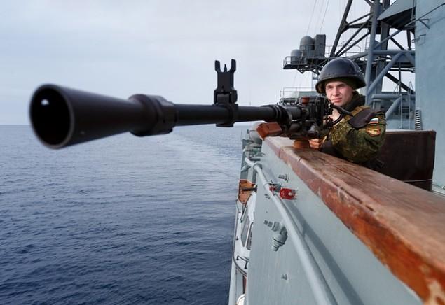 Dàn chiến hạm hùng hậu của Nga diệt IS ở Syria - ảnh 7