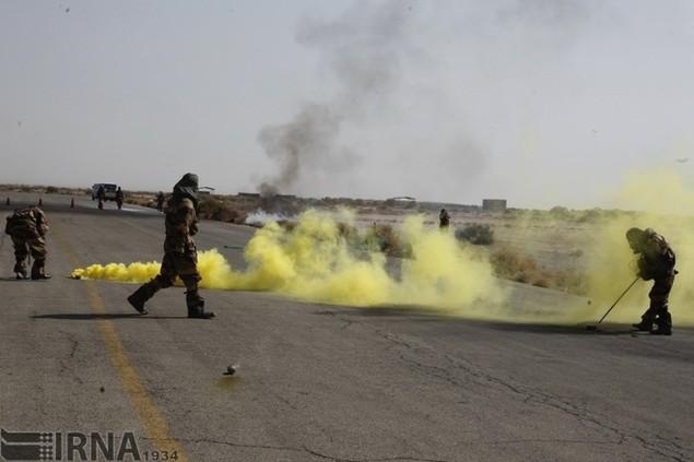 Không quân Iran diễn tập đáp trả đòn tấn công phủ đầu - ảnh 2