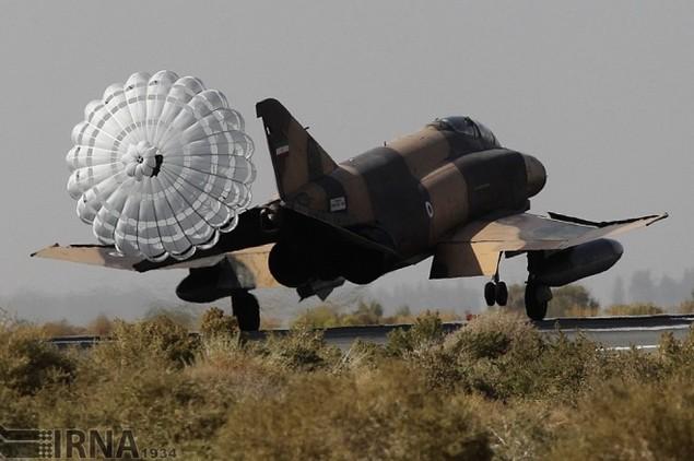 Không quân Iran diễn tập đáp trả đòn tấn công phủ đầu - ảnh 8