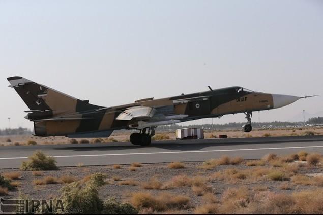 Không quân Iran diễn tập đáp trả đòn tấn công phủ đầu - ảnh 11