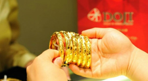 Giá vàng quay đầu sụt giảm - ảnh 1
