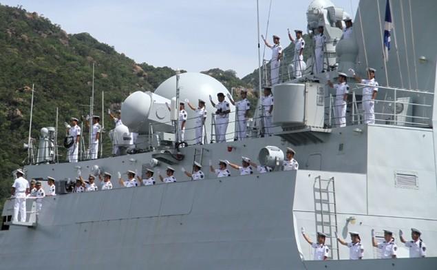 3 chiến hạm Hải quân Trung Quốc cập cảng Cam Ranh - ảnh 5