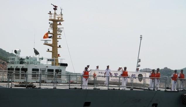 3 chiến hạm Hải quân Trung Quốc cập cảng Cam Ranh - ảnh 9